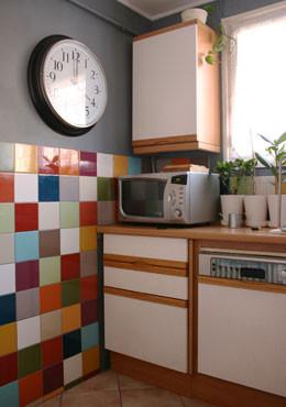 Astuces de grand m res faire briller toute sa voiture autres - Cocinas con azulejos pintados ...